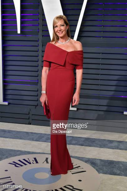 Allison Janney attends the 2019 Vanity Fair Oscar Party hosted by Radhika Jones at Wallis Annenberg Center for the Performing Arts on February 24...