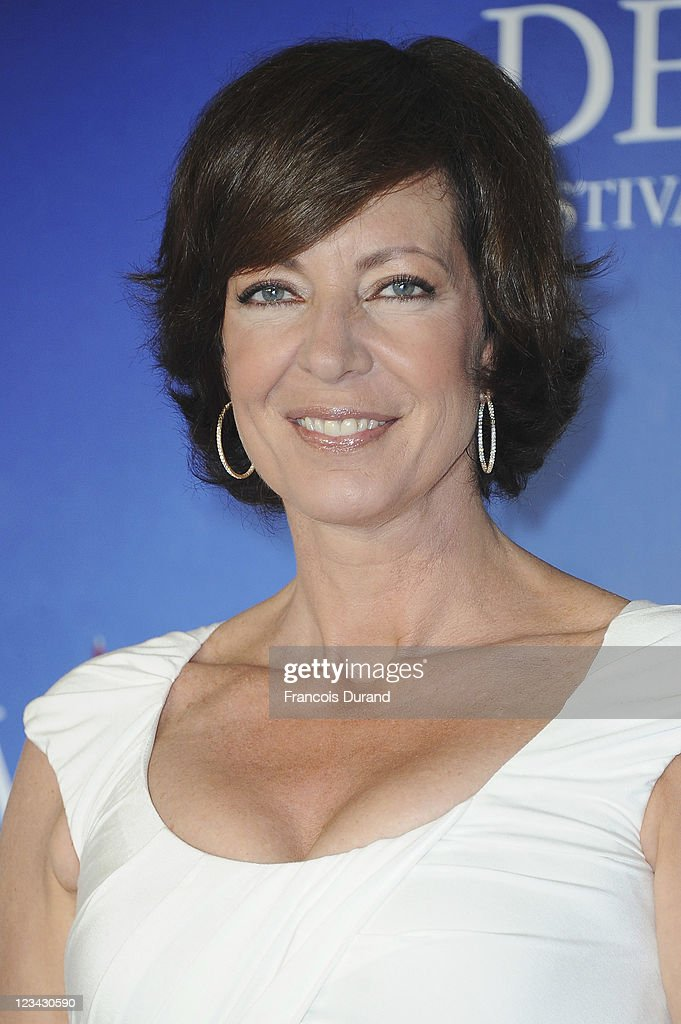 Allison Janney poses at 'The Help' Photocall during 37th Deauville American Film Festival on September 3, 2011 in Deauville, France.