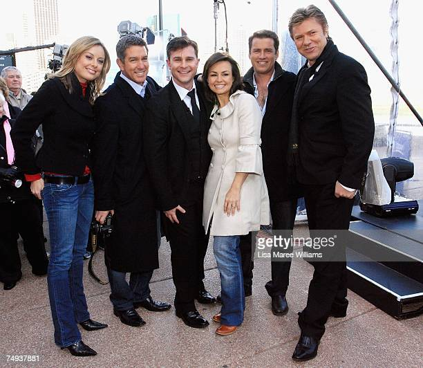 Allison Langdon Cameron Williams singer David Campbell Lisa Wilkinson Karl Stefanovic and Richard Wilkins pose for a photo after going live onair as...