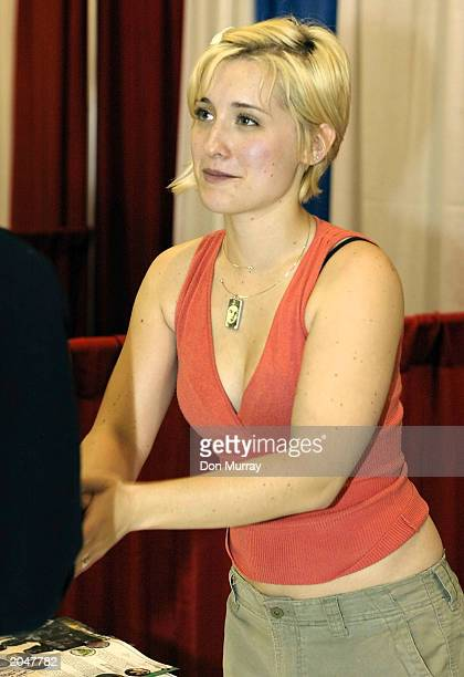 Allison Mack star of WB TV show Smallville signs autographs at the Wizard World East's second annual popculture expo at the Pennsylvania Convention...