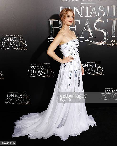 Allison Sudol attends the premiere of 'Fantastic Beasts and Where to Find Them' at Alice Tully Hall Lincoln Center on November 10 2016 in New York...