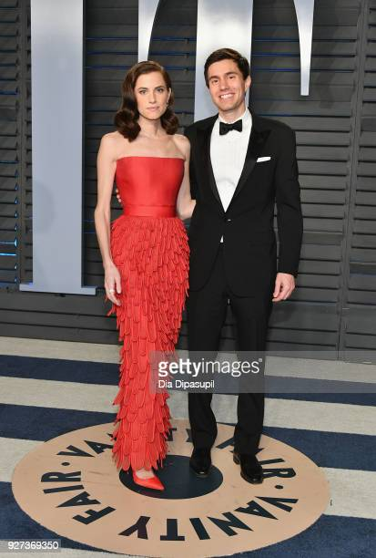 Allison Williams aand Ricky Van Veen attend the 2018 Vanity Fair Oscar Party hosted by Radhika Jones at Wallis Annenberg Center for the Performing...