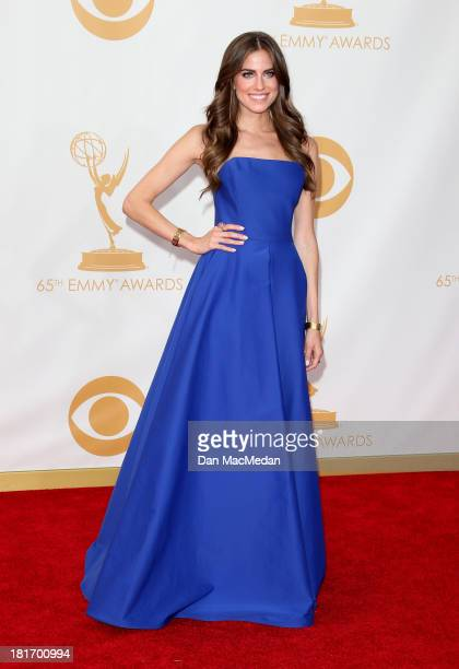 Allison Williams arrives at the 65th Annual Primetime Emmy Awards at Nokia Theatre L.A. Live on September 22, 2013 in Los Angeles, California.