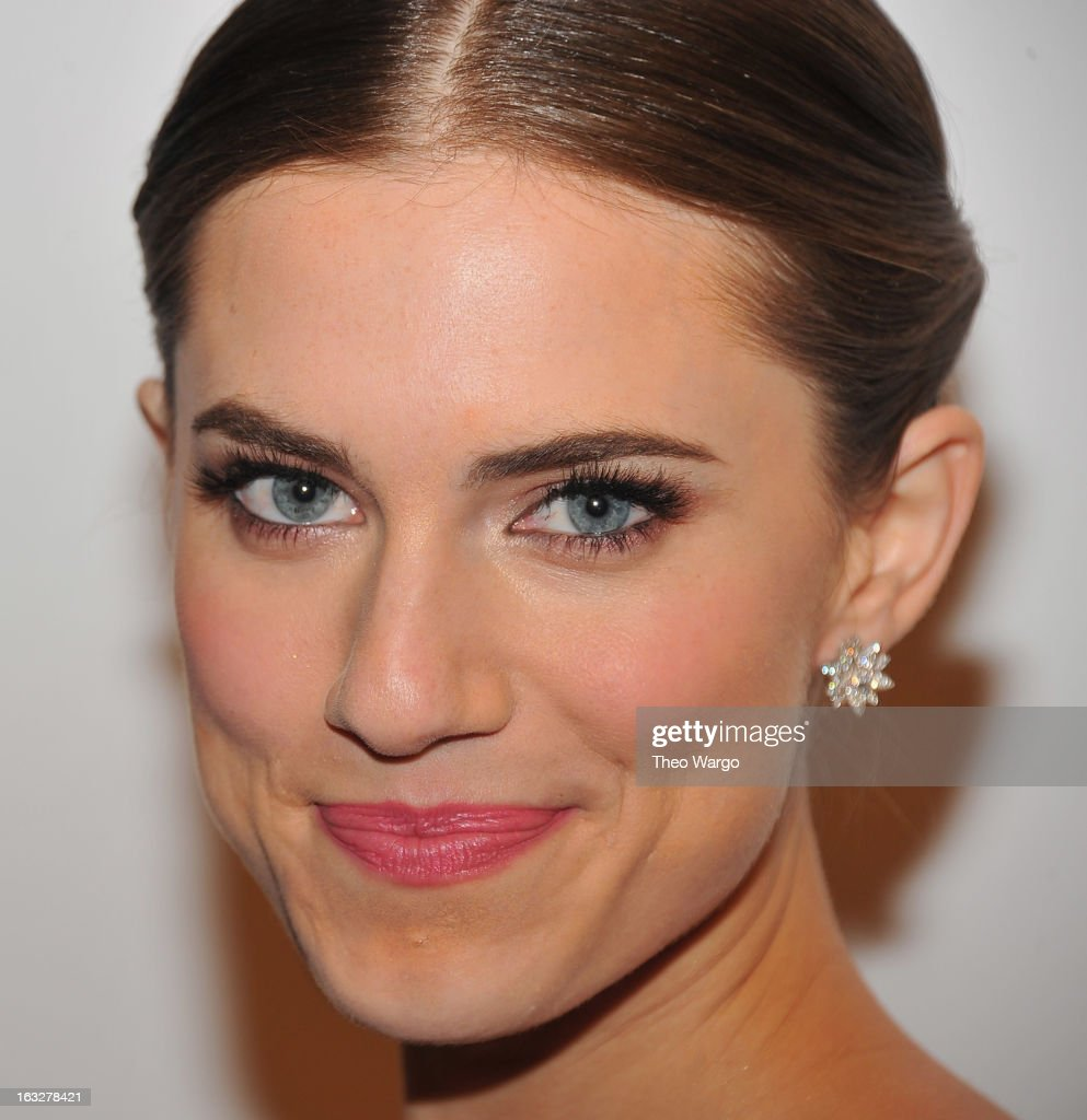 Allison Williams attends the 'Girl Rising' premiere at The Paris Theatre on March 6, 2013 in New York City.