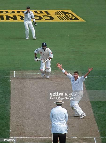 Allott appeals for lbw England v New Zealand 1st Test Edgbaston Jul 99