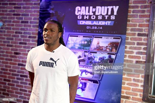 AllPro NFL running back Jamaal Charles of the Kansas City Chiefs goes headtohead against linebacker Clay Matthews of the Green Bay Packers for the...