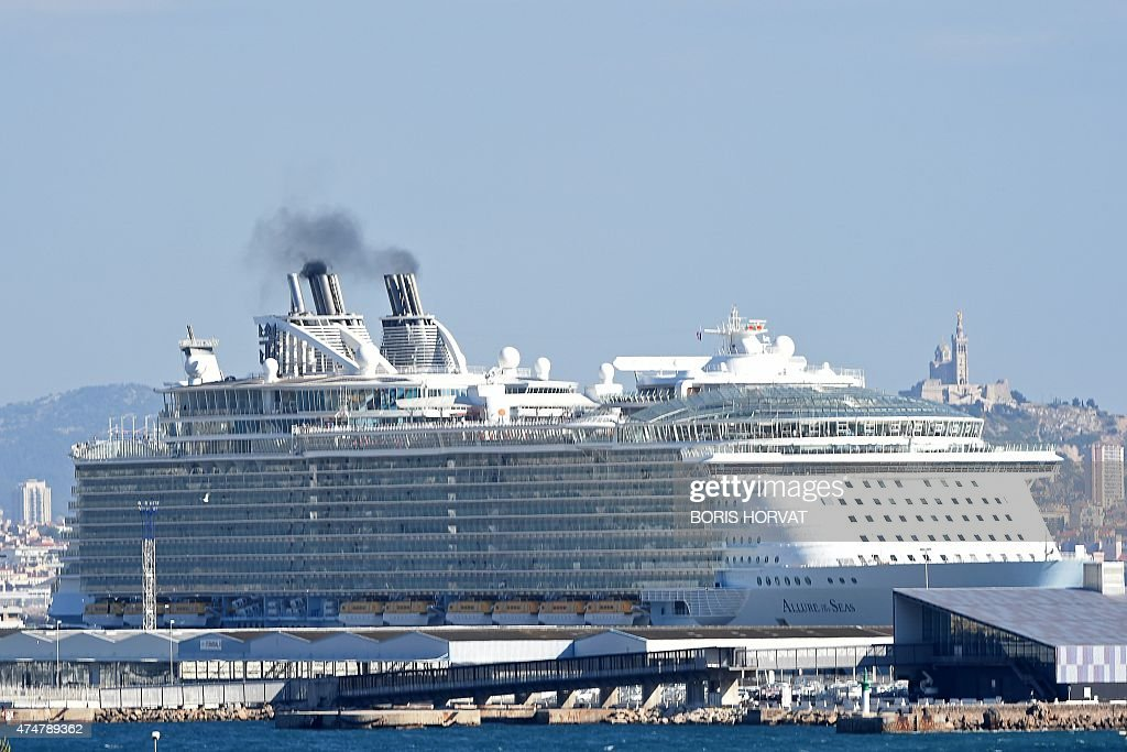 Floating Cities The Biggest Cruise Ships In The World Photo - Mediterranean cruise 2015