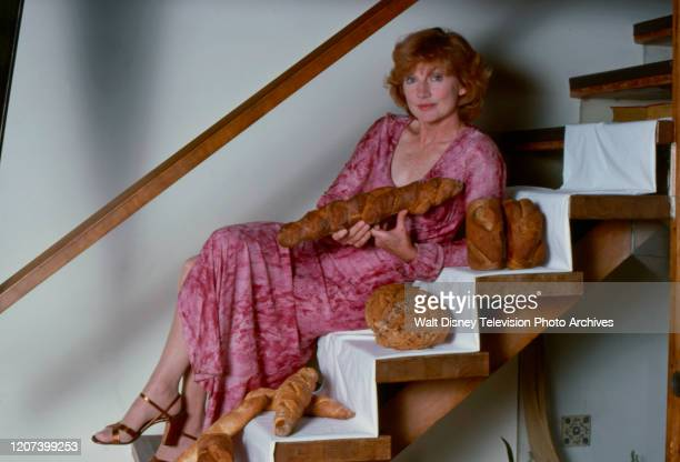 Allyn Ann McLerie at home baking / cooking behind the scenes during the making of the ABC tv series 'The Tony Randall Show'