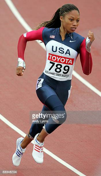 Allyson Felix of USA competes during the heats of the women's 200 metres at the 10th IAAF World Athletics Championships on August 10 2005 in Helsinki...