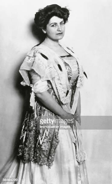 Alma Mahler nee Schindler Photography 1909 [Alma MahlerWerfel geborene Schindler Photographie 1909]