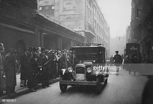 Alma Rattenbury leaves the Old Bailey in a taxi after her trial for the murder of her third husband architect Francis Rattenbury London 31st May 1935...