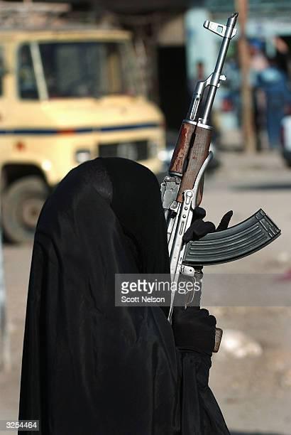 Al-Medhi Army Rallies In Sadr City