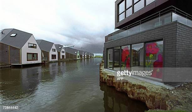 This picture taken 13 September 2001 shows Curacao street in Almere AFP PHOTO/ANP/PHIL HORVAT