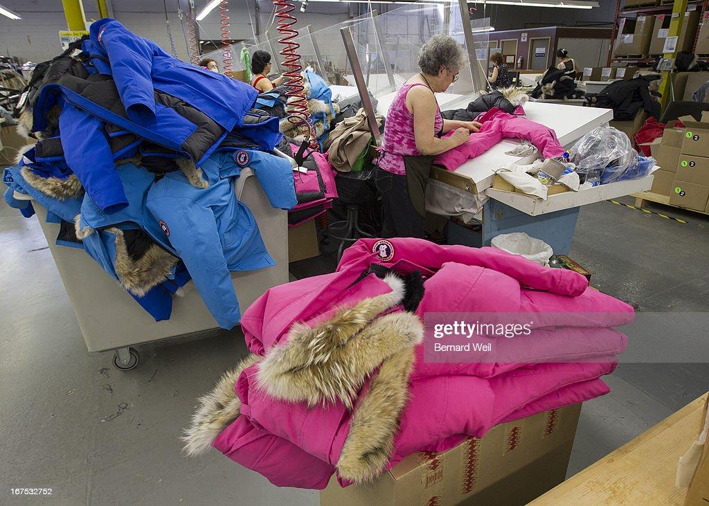 Canada Goose Factory : News Photo