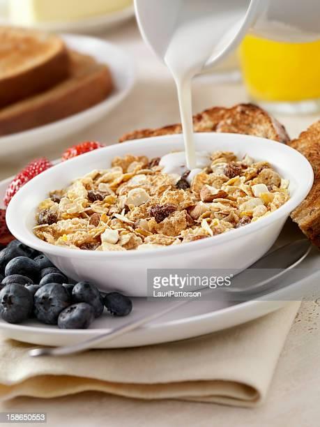 Almond and Raisin Breakfast Cereal