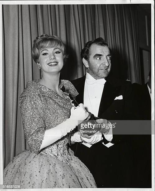 Almost Hysterically Happy Shirley JOnes received her Oscar for best supporting performance of the year from 1959 winner Hugh Griffith but she was so...