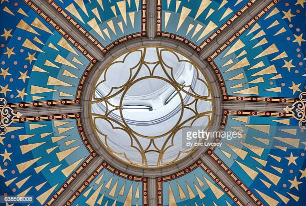 almudena cathedral ceiling, madrid, spain, europe - catedral de la almudena fotografías e imágenes de stock