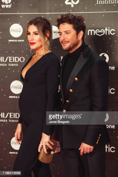 Almudena Navalon and Manuel Carrasco attend 'Los40 music awards 2019' photocall at Wizink Center on November 08 2019 in Madrid Spain