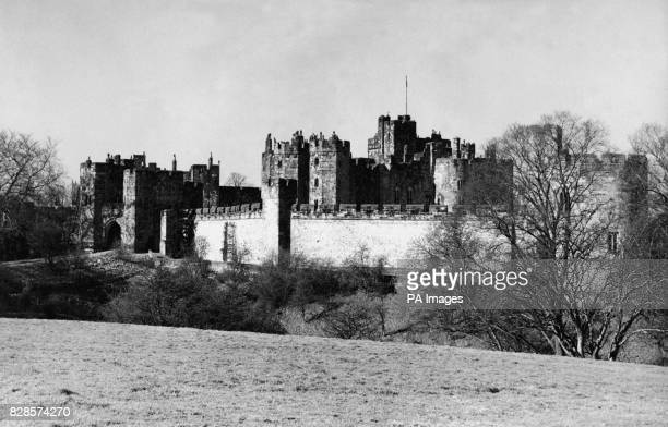 Alnwick Castle the residence of the Duke of Northumberland built immediately following the Norman conquest by Yves de Vescy Baron of Alnwick in 1096