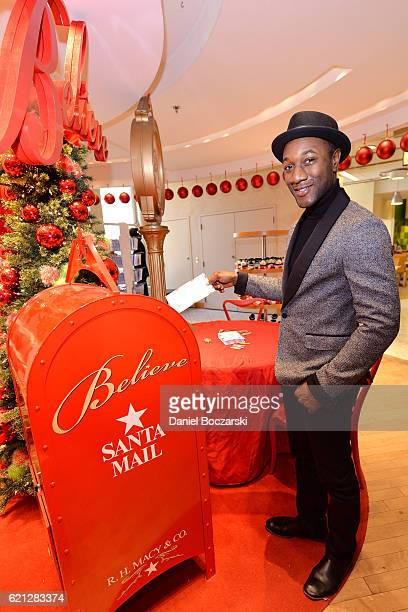 Aloe Blacc helps Macy'sand MakeAWish® launch annual Believe Campaign at Macy'sState Street store with The 109th Annual Great Tree Lighting ceremony...