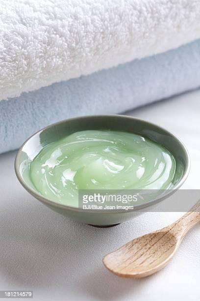 Aloe vera gel and towels