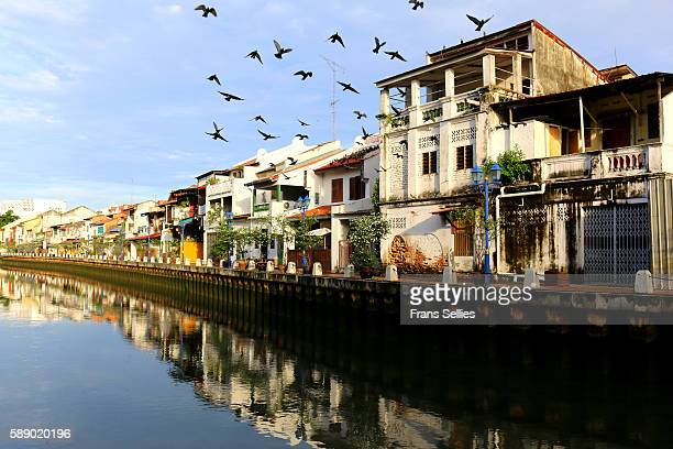 along the river in the town of melaka, malaysia - melaka state stock pictures, royalty-free photos & images