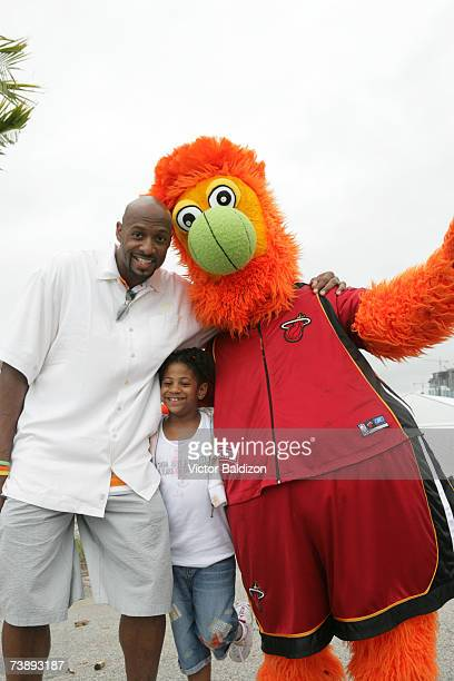 Alonzo Mourning of the Miami Heat and his daughter attend the 2007 Family Festival on April 15 2007 at Watson Island in Miami Florida NOTE TO USER...