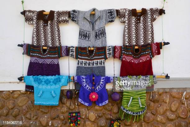 alpaca wool sweaters bolivia - plan rapproché stock pictures, royalty-free photos & images