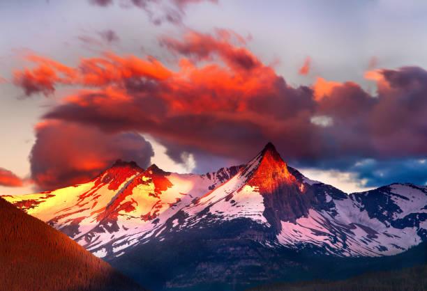 Alpenglow @ St. Mary Lake, Glacier NP