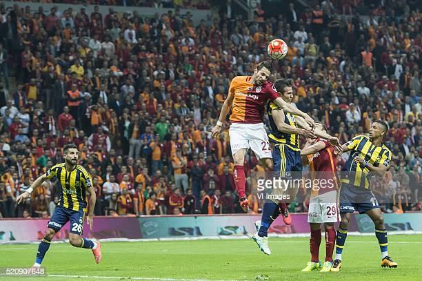 Alper Potuk of Fenerbahce Hakan Kadir Balta of Galatasaray Robin van Persie of Fenerbahce Olcan Adin of Galatasaray Luis Carlos Almeida da Cunha of...