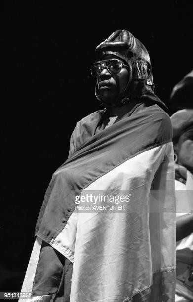 Alpha Blondy en concert lors de la 1ère Fête de la jeunesse à Alger en juillet 1985 Algérie