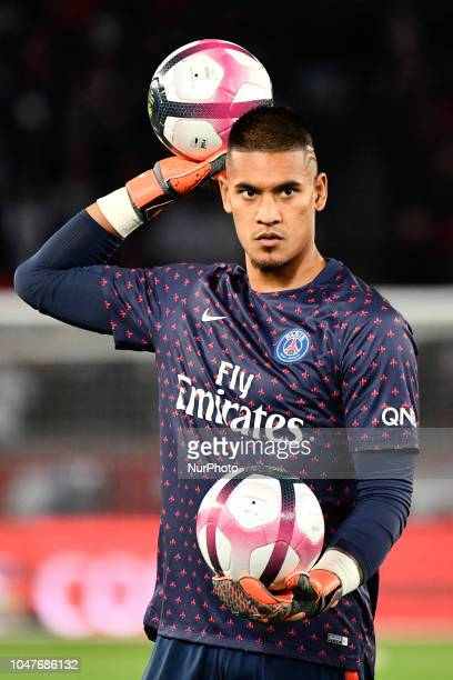 Alphonse Areola during the french Ligue 1 match between Paris SaintGermain and Olympique Lyonnais at Parc des Princes stadium on October 7 2018 in...