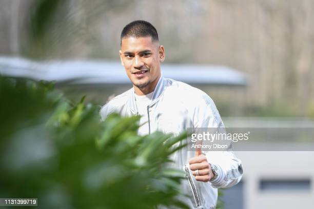 Alphonse Areola of France arrives at on March 18 2019 in ClairefontaineenYvelines France