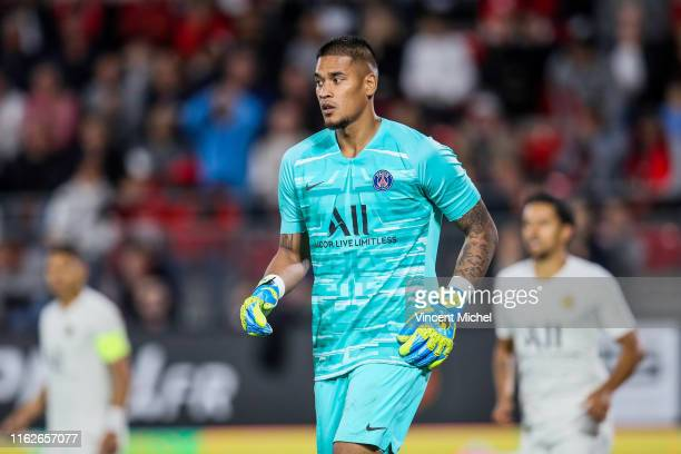 Alphonse Areola of Paris Saint Germain during the Ligue 1 match between Stade Rennes and Paris SaintGermain at Roazhon Park on August 17 2019 in...