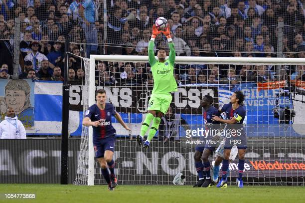 Alphonse Areola of Paris SaintGermain catches the ball during the ligue 1 match between Olympique de Marseille and Paris SaintGermain at Stade...