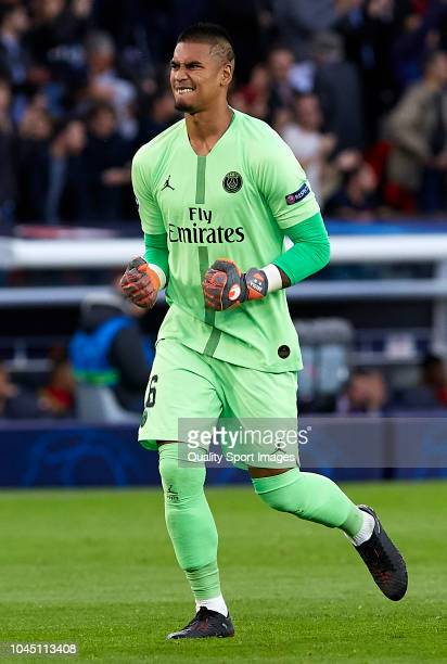 Alphonse Areola of Paris SaintGermain celebrates during the Group C match of the UEFA Champions League between Paris SaintGermain and Red Star...