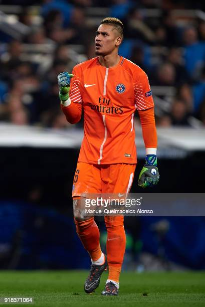 Alphonse Areola of Paris SaintGermain celebrates during the UEFA Champions League Round of 16 First Leg match between Real Madrid and Paris...