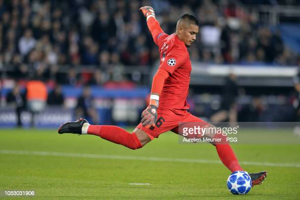 Alphonse Areola of Paris SaintGermain kicks the ball during the Group C match of the UEFA Champions League between Paris SaintGermain and SSC Napoli...