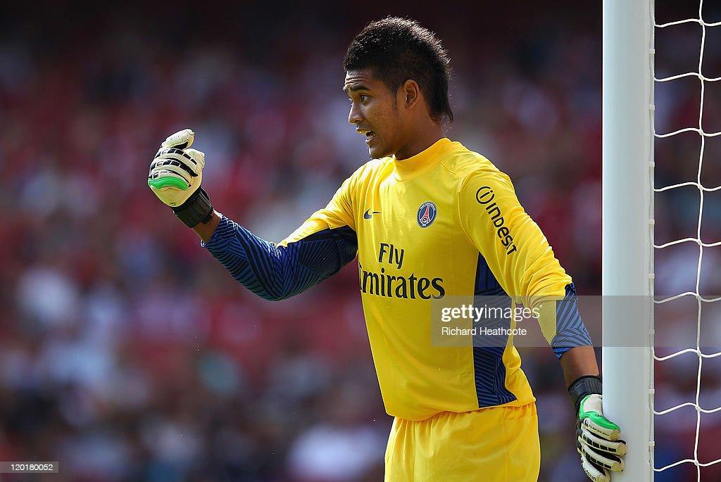 Boca Juniors v Paris St Germain - Emirates Cup : News Photo