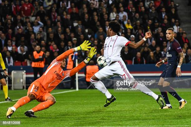Alphonse Areola of PSG and David Alaba of Bayern Munich during the Uefa Champions League match between Paris Saint Germain and Fc Bayern Muenchen on...