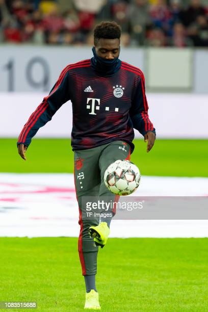 Alphonso Davies of Bayern Muenchen controls the ball prior to the Telekom Cup Semifinal match between Fortuna Duesseldorf and Bayern Muenchen at...