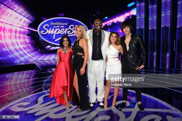Alphonso Williams Chanelle Wyrsch Alexander Jahnke Maria Voskania Duygu Goenel Maria Voskania and Duygu Goenel pose after the third event show of the...