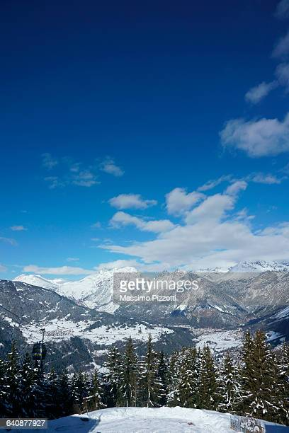 alpine landscape in the area of bormio, italy - ボルミオ ストックフォトと画像