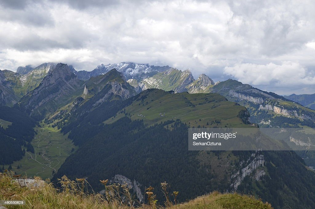Alpine montañas en Hoherkasten : Foto de stock