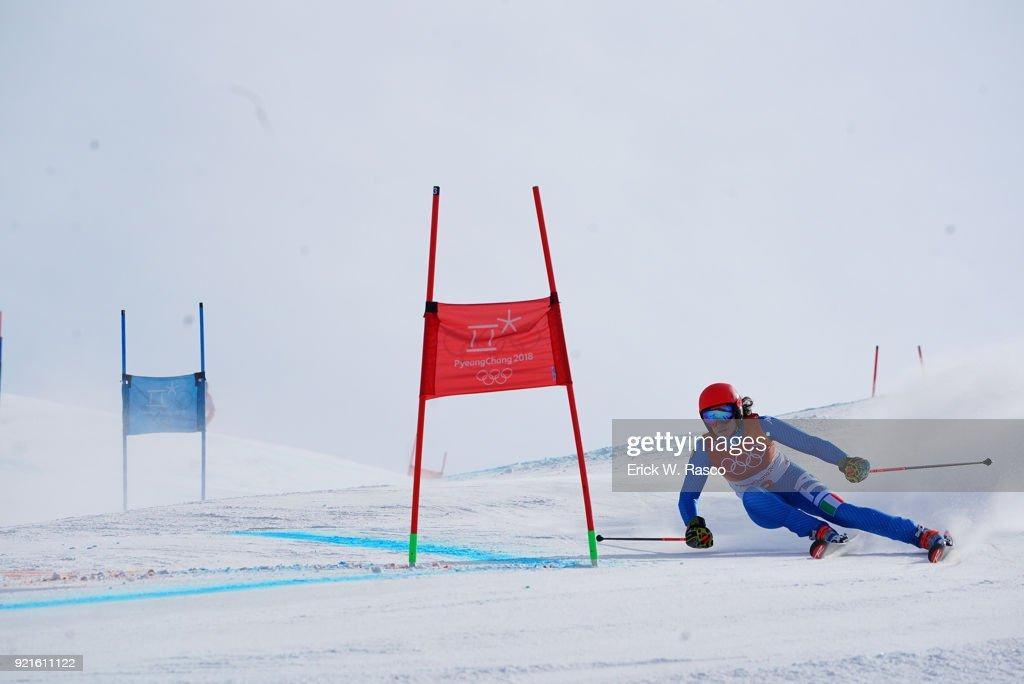 Federica Brignone (3) in action during Women's Giant Slalom Final at Yongpyong Alpine Centre. PyeongChang, South Korea 2/15/2018 Erick W. Rasco X161681 TK1 )