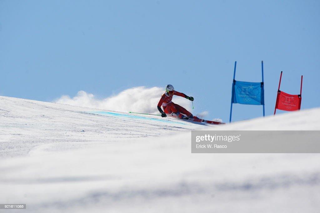 Norway Nina Haver-Loeseth (20) in action during Women's Giant Slalom Final at Yongpyong Alpine Centre. PyeongChang, South Korea 2/15/2018 Erick W. Rasco X161681 TK1 )