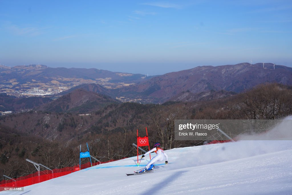 Rear view of USA Resi Stiegler (57) in action during Women's Giant Slalom Final at Yongpyong Alpine Centre. PyeongChang, South Korea 2/15/2018 Erick W. Rasco X161681 TK1 )