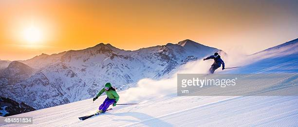alpine skiing - alpine skiing stock pictures, royalty-free photos & images