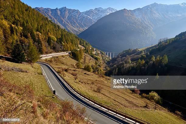 alps monutains and gran san bernardo road, italy - valle d'aosta foto e immagini stock