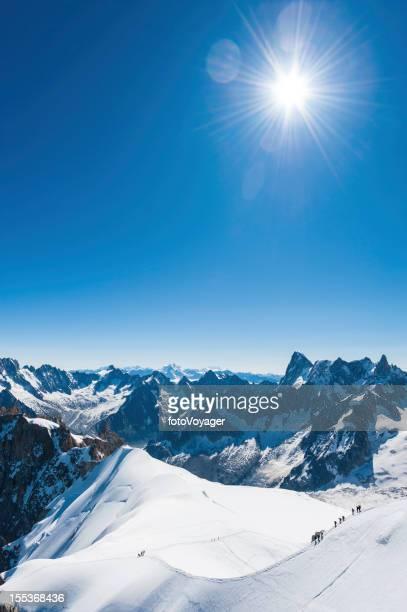 アルプス雪サミットサンバースト mountaineers モンブランフランス